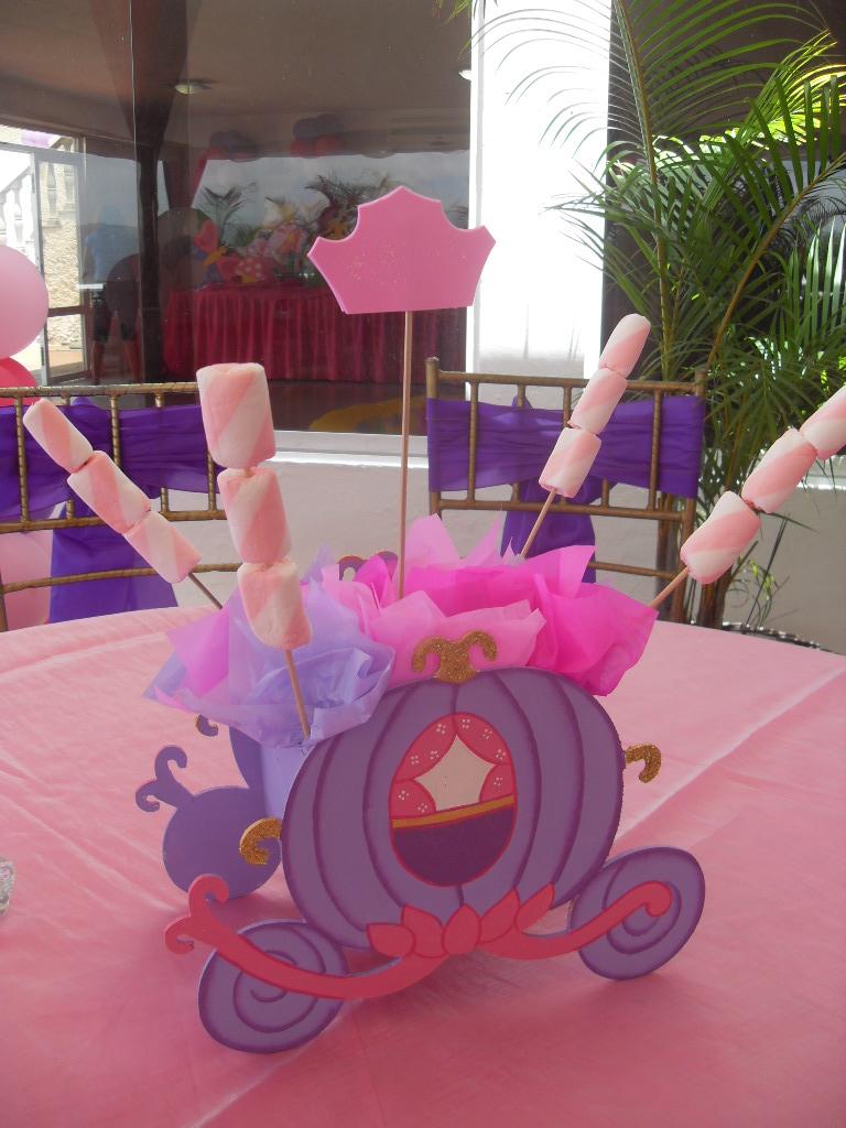 Centros de mesa fiesta princesas imagui for Mesas fiestas infantiles